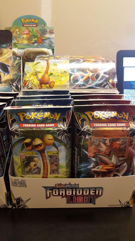 Pokemon TCG: Sun and Moon: Forbidden Light Theme Deck