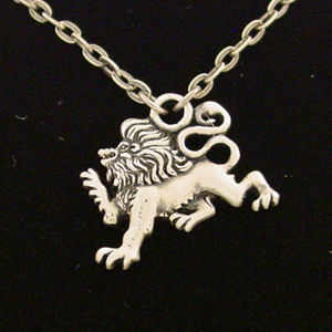Renaissance Lion Necklace: J012