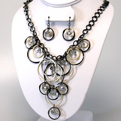True Me Gold / Black Necklace Set