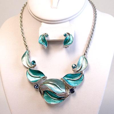 Teal Necklace Sets: 813202