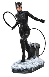 DC Gallery: Batman Returns Movie: Catwoman PVC Statue