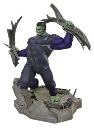 Marvel Gallery: Tracksuit Hulk Deluxe PVC Figure
