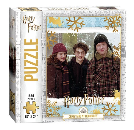 Harry Potter: Christmas at Hogwarts Puzzle - 550 Pieces