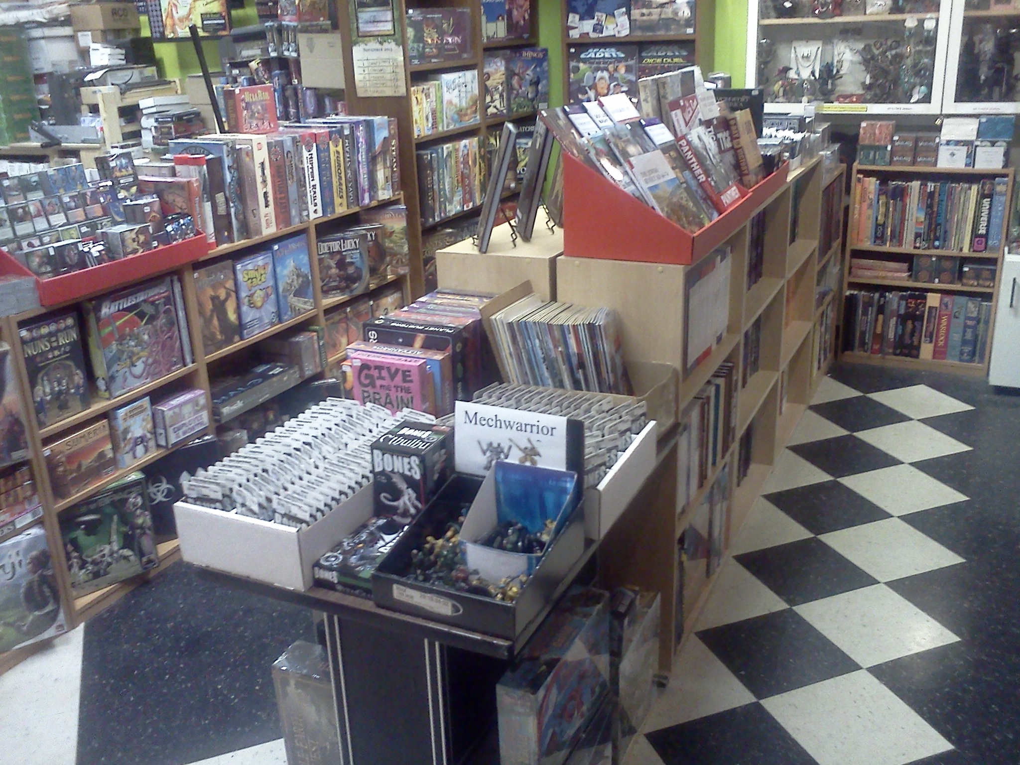 how to become a magic the gathering retailer